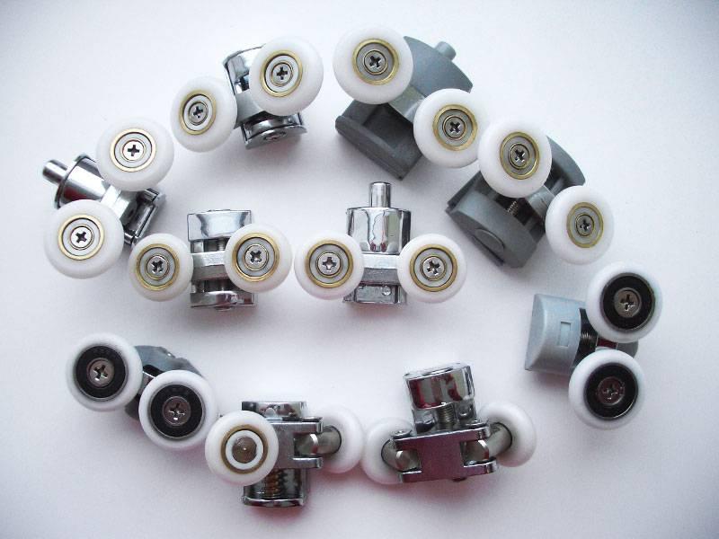 Фурнитура для душевых кабин: подбор элементов и их установка