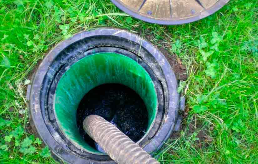 Чистка сливных ям: бактерии, жидкость, как почистить очистить сливную яму из бетонных колец