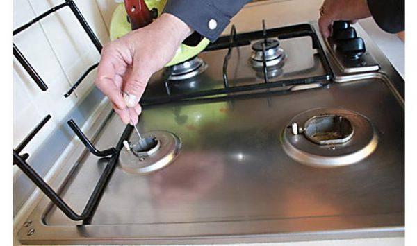 Постоянно щёлкает электроподжиг газовой плиты: почему щёлкает газовая плита и как это устранить