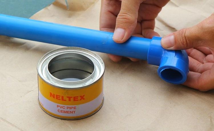 Выбор клея для труб пвх и инструкция по холодной сварке