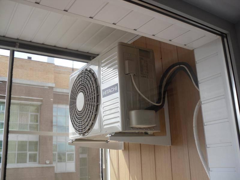 Установка кондиционера на балконе с остеклением : плюсы и минусы (фото, видео)