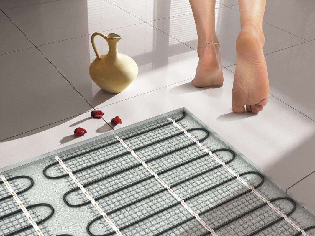 Какие теплые полы лучше: водяные или электрические - сравнение оценка