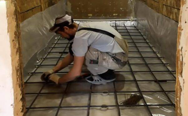 Гидроизоляция ванной комнаты под плитку - что лучше, какую технологию использовать