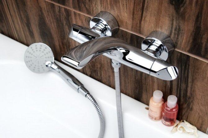 Какой смеситель хорошей известной фирмы выбрать в ванну