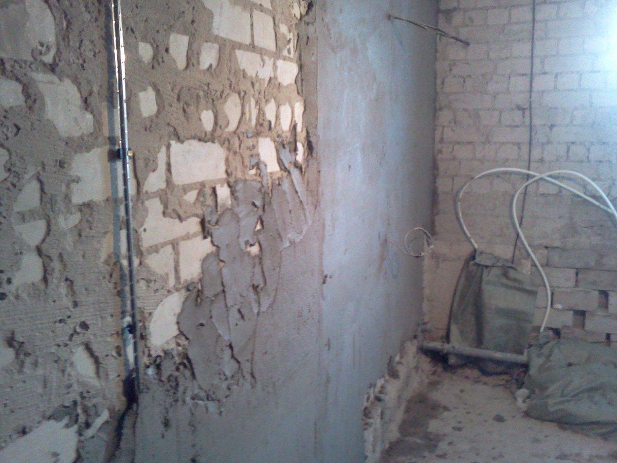 Выравнивание стен — способы, материалы и инструменты