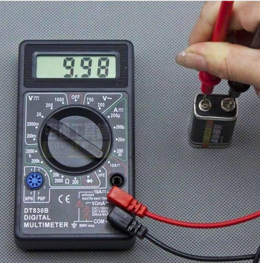 Как проверить напряжение в розетке мультиметром – правила использования оборудования