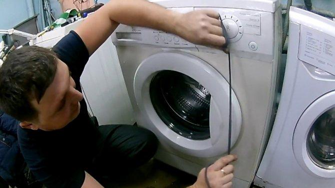 Как открыть стиральную машинку аристон, если она заблокирована