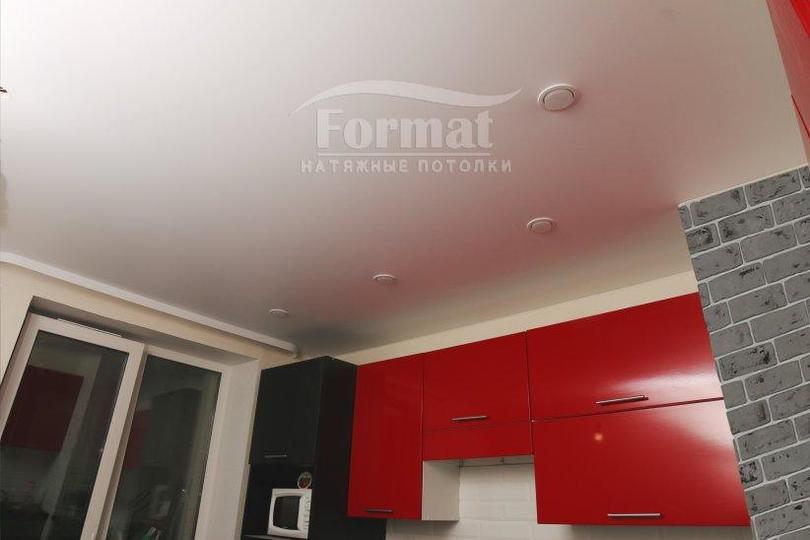 Какой натяжной потолок лучше - матовый или глянцевый? 64 фото: как выбрать для спальни и прихожей, разница и сравнение, отзывы