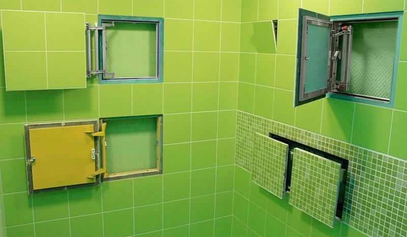 Ревизионный люк: для счетчиков воды, смотровое сантехническое окно в стене, размеры