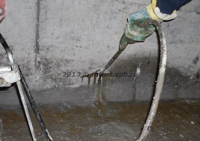 Чем заделать трещины в бетонном полу – просто о наболевшем