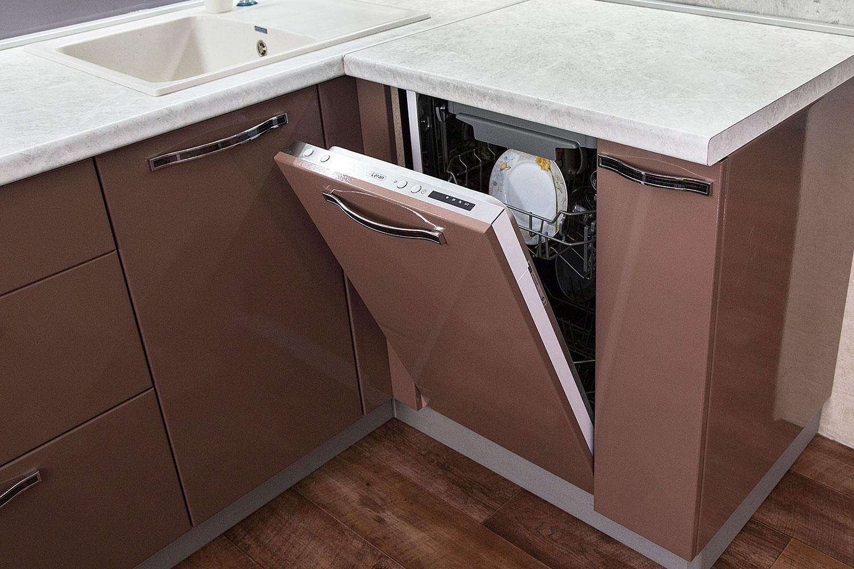 Как встроить посудомоечную машину в готовую кухню: варианты встройки + порядок работ