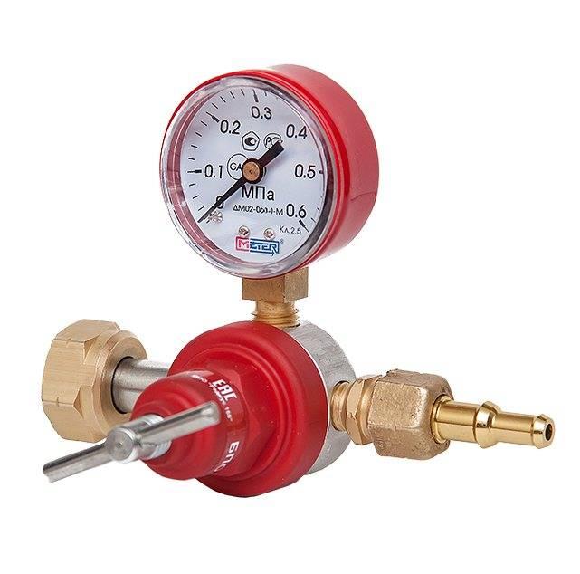 Методы как отрегулировать упавшее давление воды в редукторе