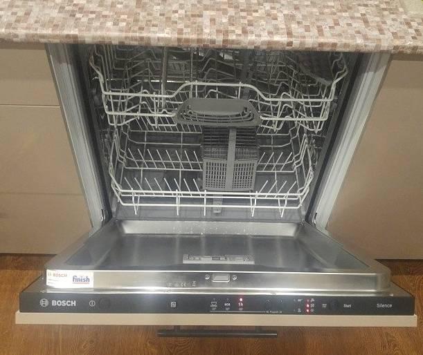 Обзор посудомоечной машины Bosch SMV23AX00R: разумное соотношение цены и функционала