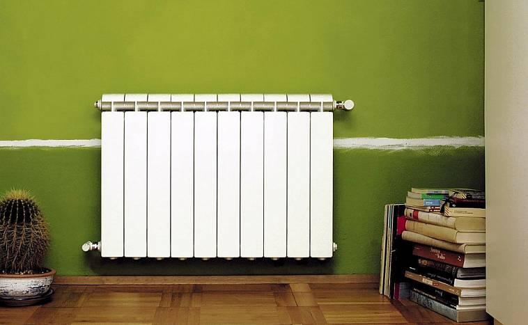 Какие радиаторы отопления лучше для квартиры - советы мастера по выбору