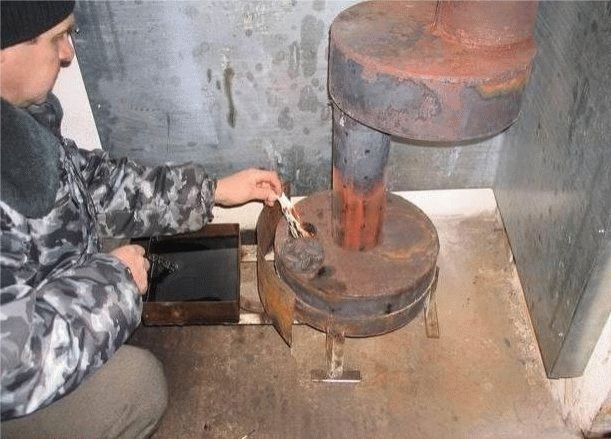 Печь на отработанном машинном масле: варианты конструкций + пример изготовления своими руками