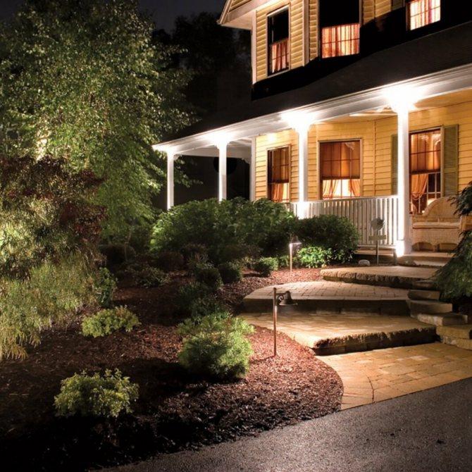 Подсветка фасадов: топ-160 фото вариантов декоративной подсветки. советы по выбору светильников для частного дома. видео-обзоры видов освещения фасада