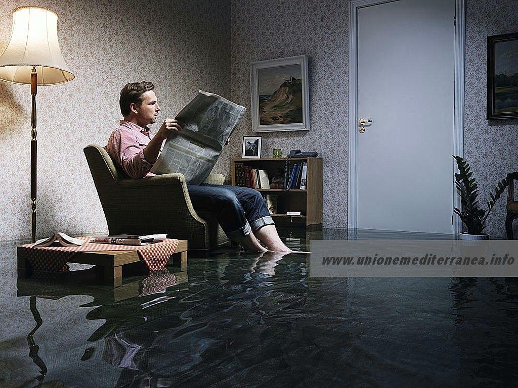 Если затопили соседи сверху - что делать?