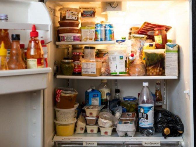 Как и чем правильно мыть холодильник, чтобы избавиться от неприятного запаха?