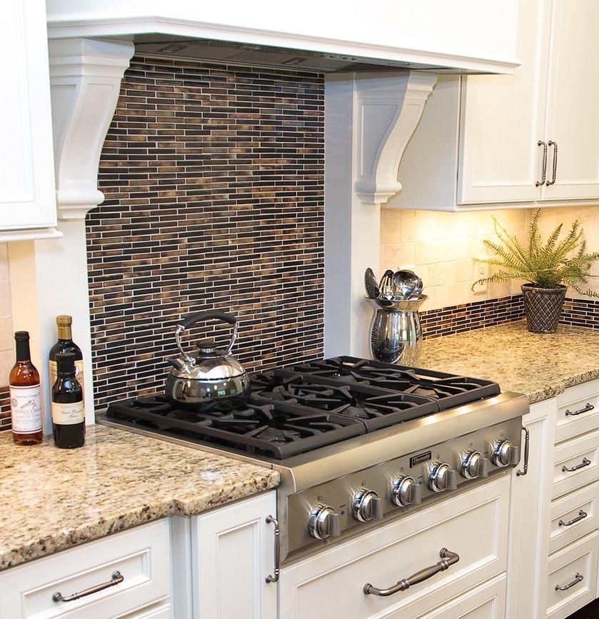 Защитный экран для газовой плиты: тонкости выбора защиты на стену, особенности стеклянных и других крышек. плюсы и минусы щитков для кухонной плиты