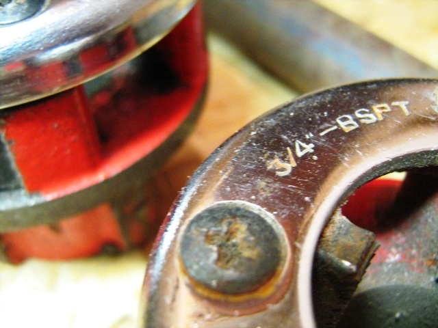 Инструмент для нарезки резьбы на трубах своими руками