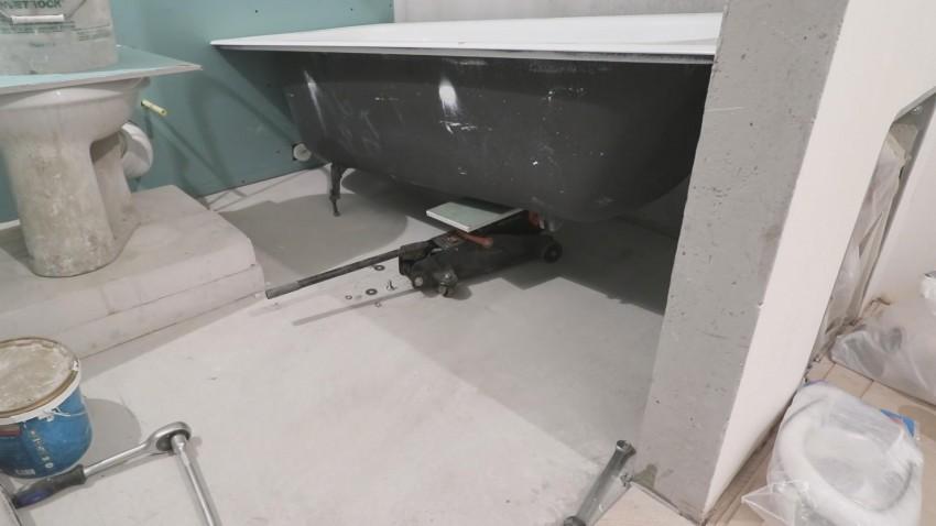 Установка ванны своими руками: акриловой, чугунной, стальной, схемы