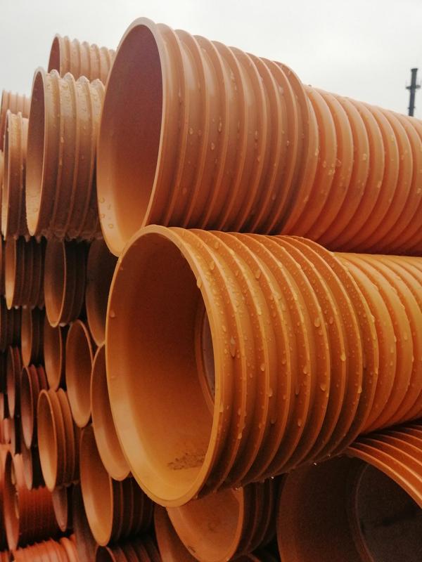 Труба гофрированная канализационная: виды, преимущества
