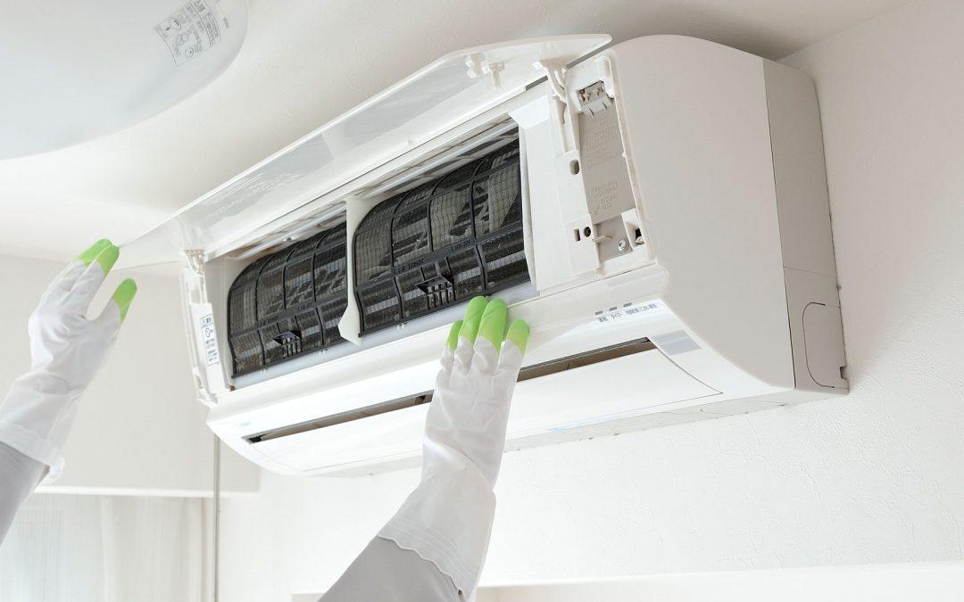 Обслуживание кондиционера своими руками: прочистка и заправка системы