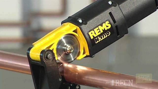 Труборез для стальных труб: ручной инструмент и особенности его выбора