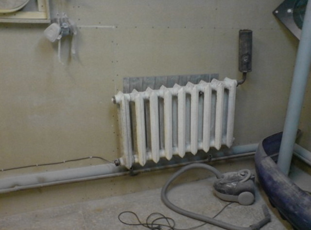Монтаж тэнов в батареи отопления с терморегулятором