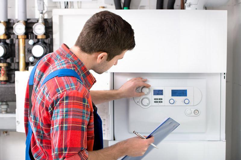 Техобслуживание газового котла: как часто нужно делать и кого нужно вызывать?