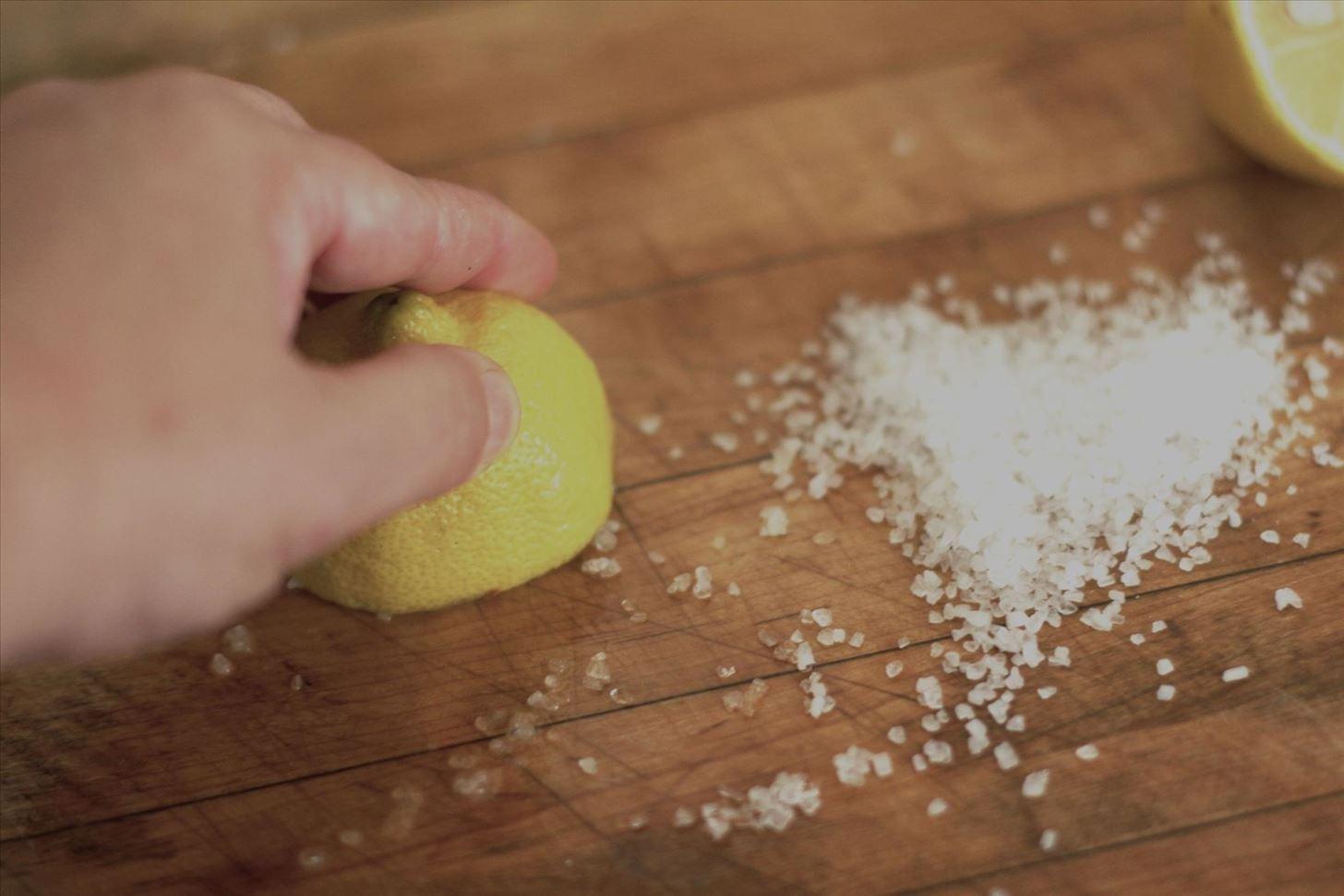 Чистящее средство своими руками - уникальный рецепт. чистящее средство своими руками - уникальный рецепт.