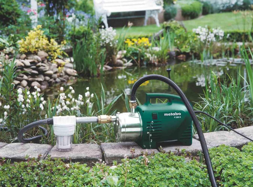 Насос для полива из бочки огорода