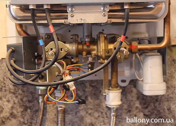 Нет напора горячей воды в газовой колонке — как исправить