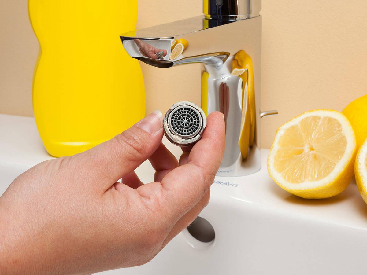 Аэратор на кран для воды с целью экономии на кухне