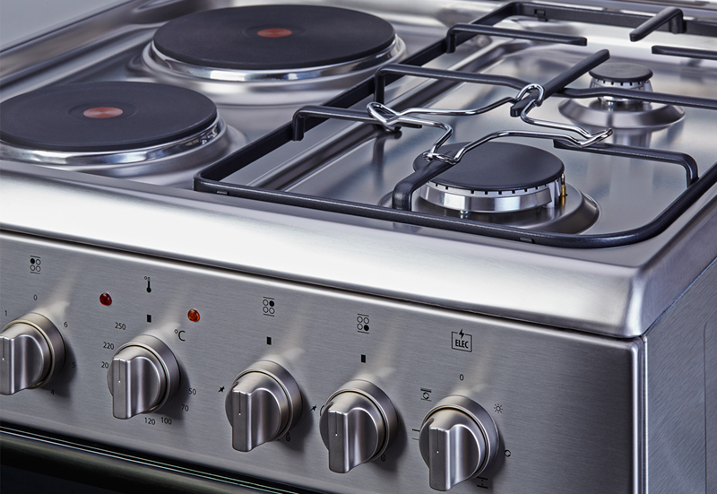 Что лучше — газовые или электрические плиты?