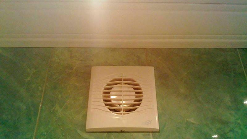 Вентиляция в ванной комнате и туалете: принцип работы, монтаж