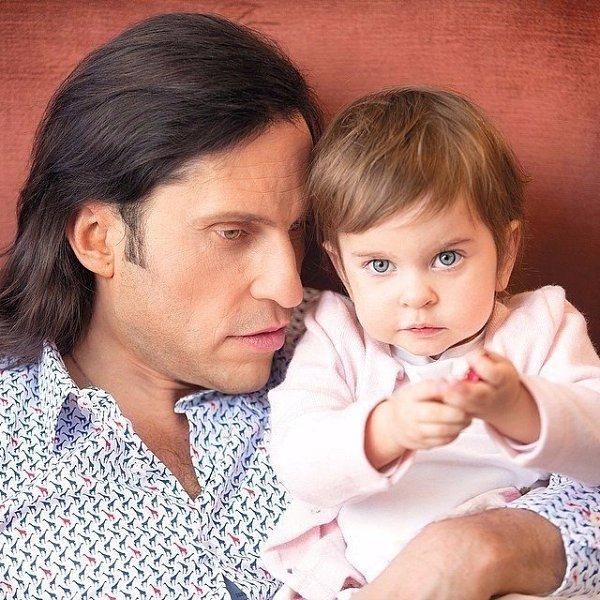 Жена александра реввы — анжелика: фото, биография, личная жизнь, семья, дети