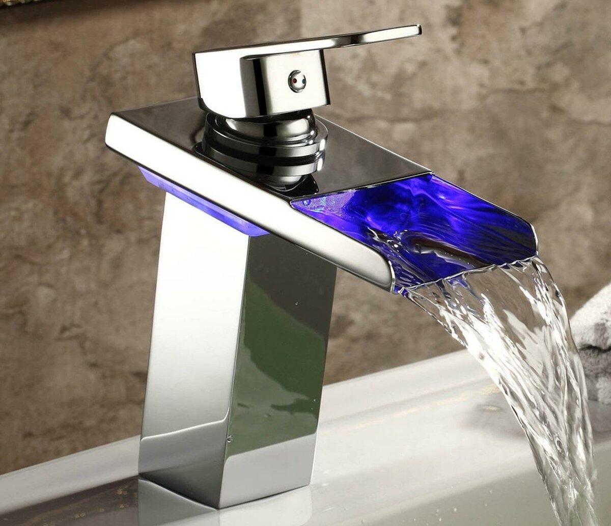 Каскадный смеситель водопад — устройство, плюсы и минусы + обзор лучших производителей