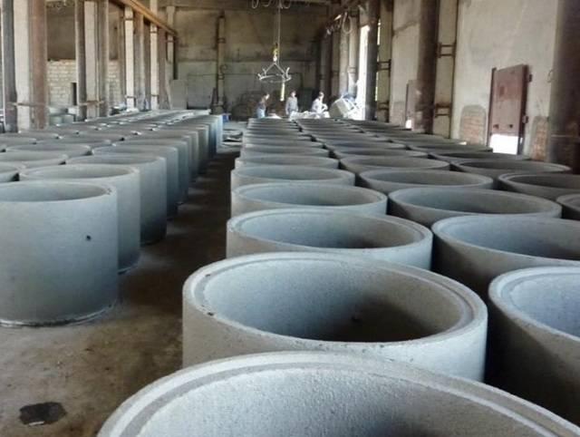 Канализационные кольца: классификация и способ установки железобетонных колец для канализации