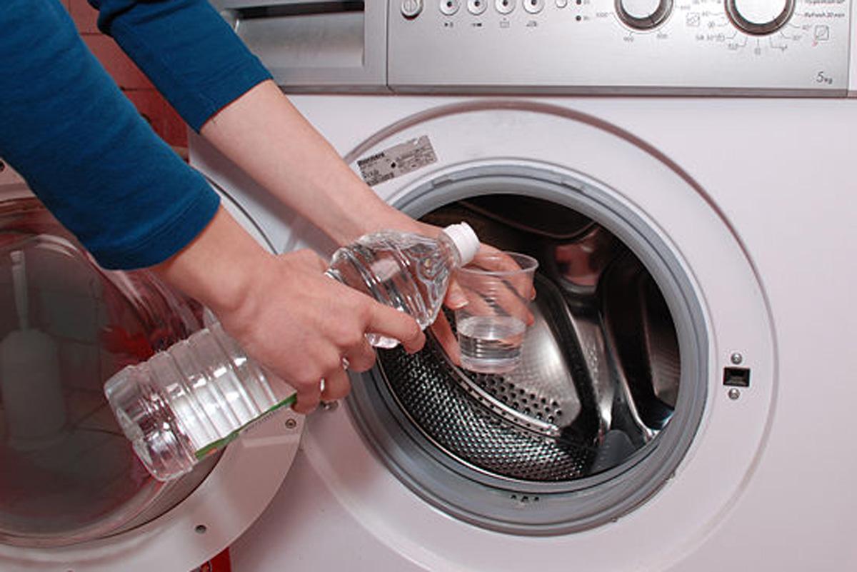 Как почистить стиральную машину от загрязнений в домашних условиях