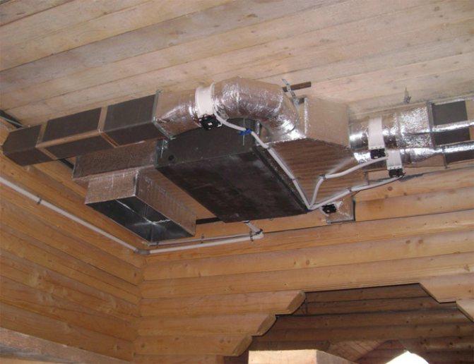 Вентиляция в деревянном доме - обустройство своими руками