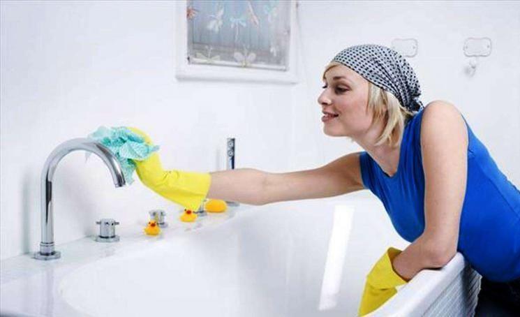 Чем отмыть ванну до бела в домашних условиях: народными средствами (без химии)