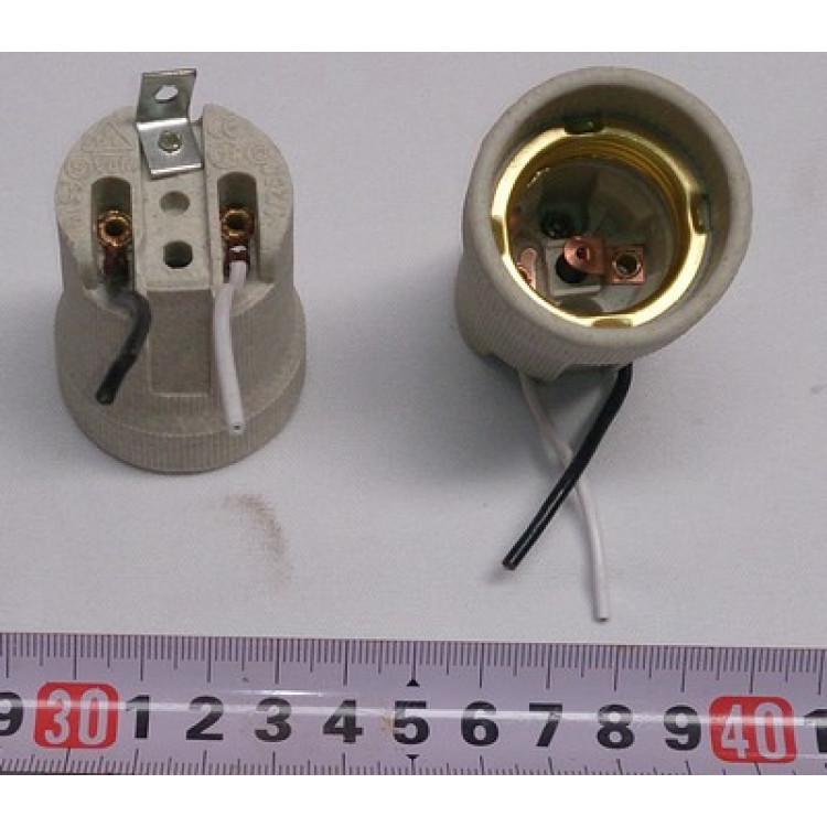 Патрон для лампочек: установка и подключение