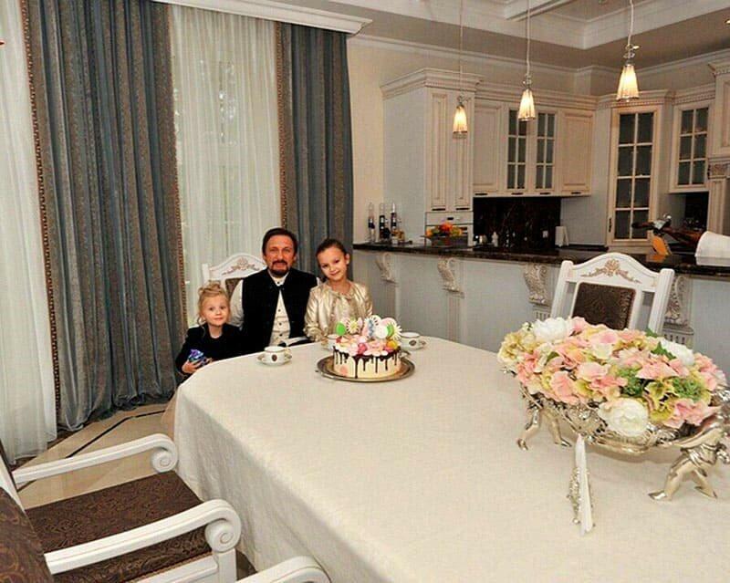 Стаса михайлов – биография и личная жизнь, фото с семьей