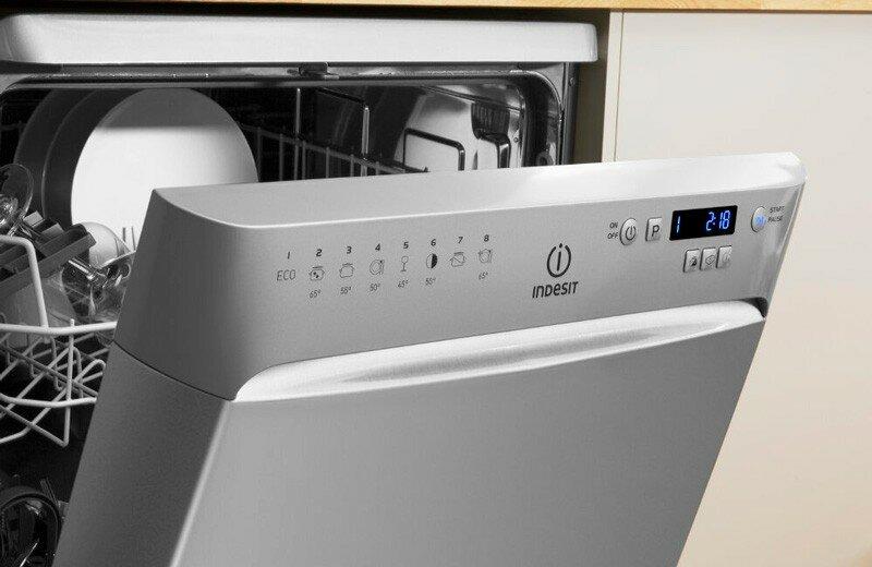 Какие холодильники лучше выбрать: беко или индезит?