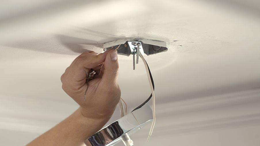 Как повесить и подключить люстру – 110 фото работ и пошаговая инструкция по установке