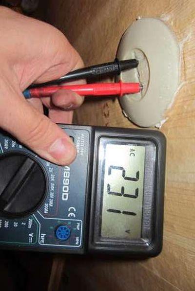 Как проверить ток в розетке мультиметром - всё о электрике в доме