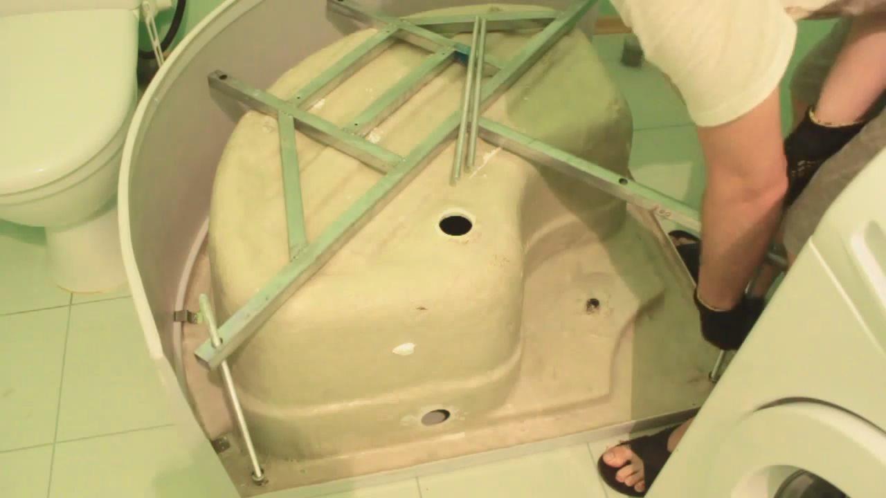 Установка душевого поддона: как установить своими руками на кирпичи, монтаж акрилового поддона кабины для душа, гидроизоляция душевого уголка
