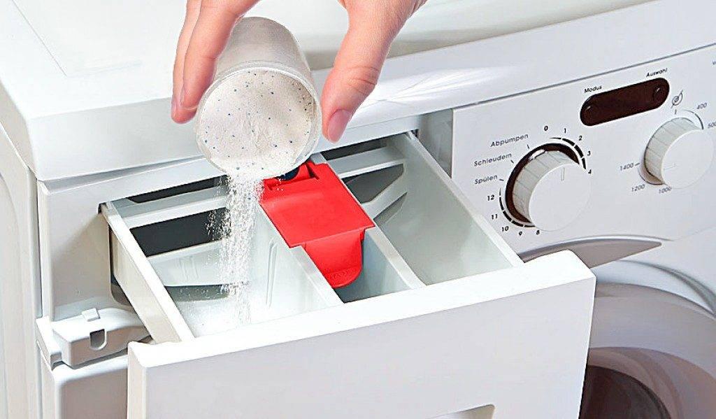 Сколько сыпать порошка в стиральную машину автомат: таблица расхода