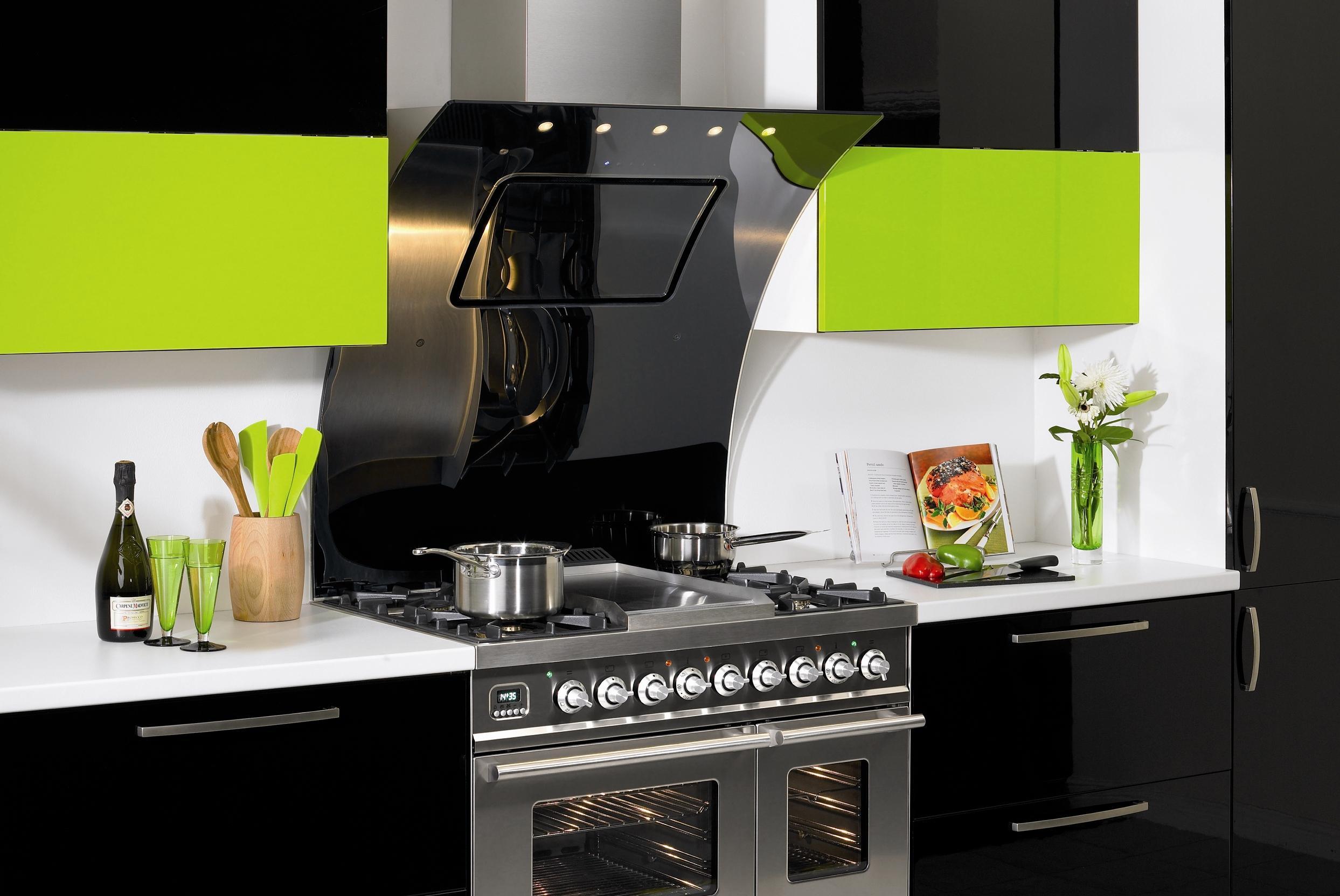Почему стоит выбрать купольную вытяжку для кухни: особенности работы и отзывы потребителей